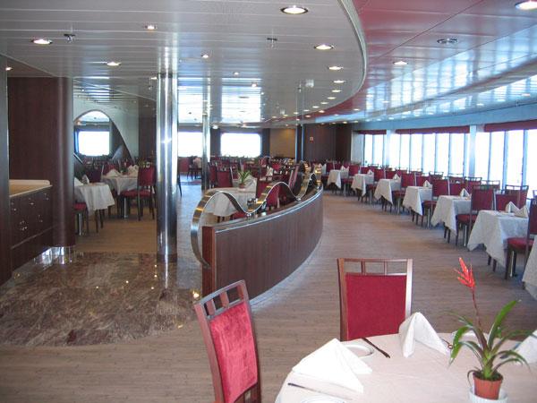 Nochevieja en un crucero con grimaldi lines for Camarote interior grimaldi