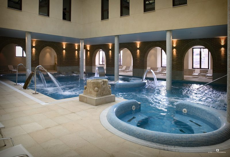 Hotel balneario villa de olmedo olmedo valladolid for Jardines olmedo