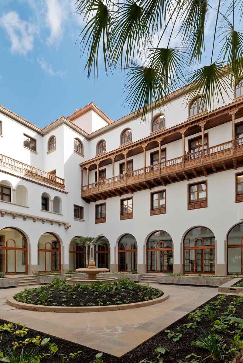 ahora sala de masaje bailando en Santa Cruz de Tenerife