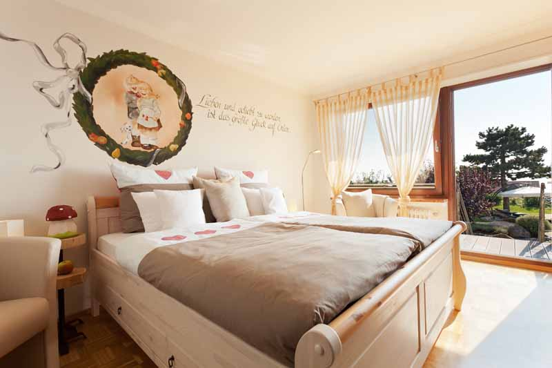 una escapada con logis. Black Bedroom Furniture Sets. Home Design Ideas