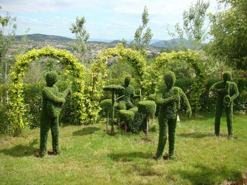Ocio en madrid el bosque encantado un sorprendente for Jardin cactus madrid