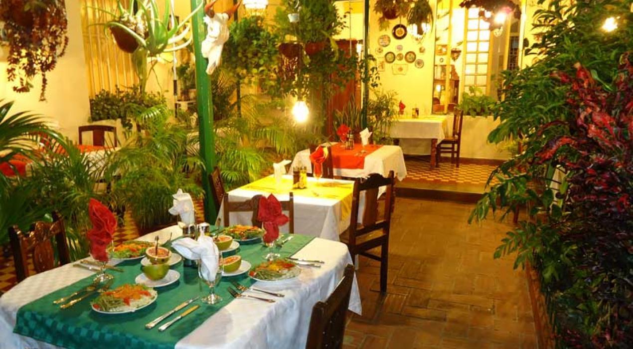 Cuba hostal florida center santa clara revista viajeros - Carpinteria santa clara ...